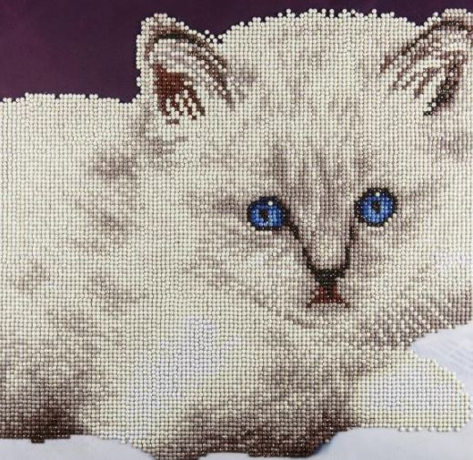 click here to view larger image of White Cat (Diamond Embroidery)