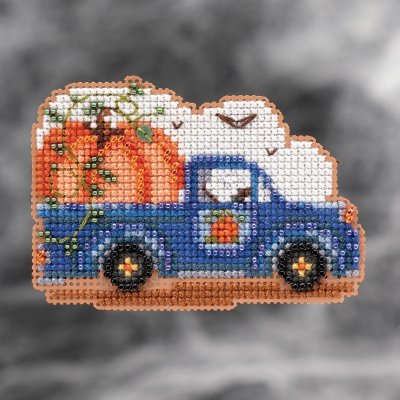 click here to view larger image of Pumpkin Delivery (2021) (counted cross stitch kit)
