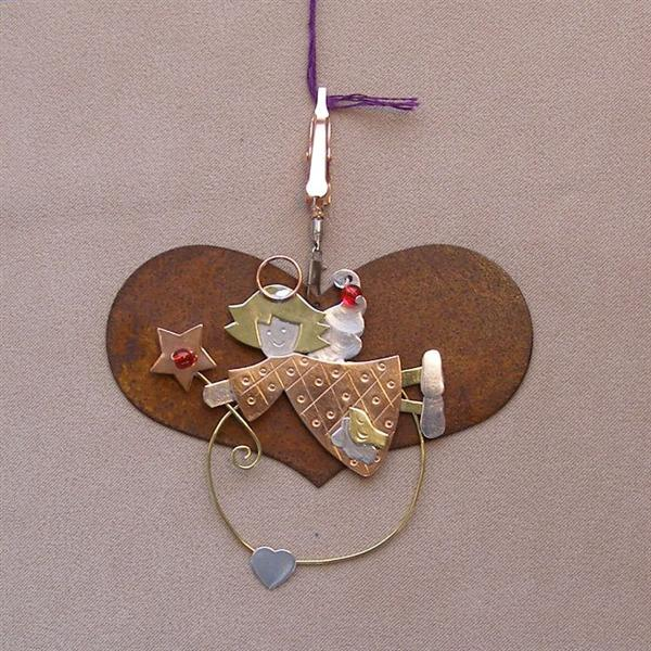 click here to view larger image of Rustic Heart With Angel (3.5 in) (accessory)