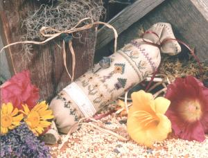 click here to view larger image of Birdhouse Roll (counted cross stitch kit)