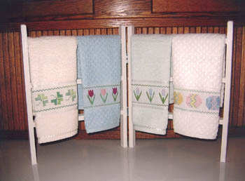 click here to view larger image of Spring Fingertip Towels (chart)