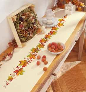 click here to view larger image of Fall Leaves Table Runner (printed linen)