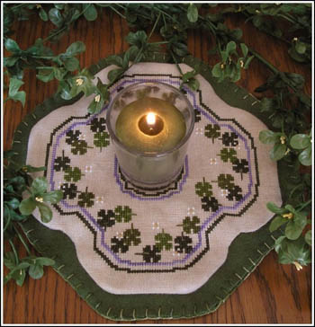click here to view larger image of Little Candle Mats - Shamrocks (chart)