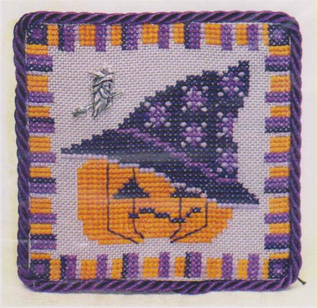 click here to view larger image of Pumpkin with a Witch's Hat  (chart with charms/buttons)