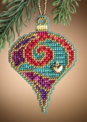 click here to view larger image of Garnet Spiral (2011)  (counted cross stitch kit)