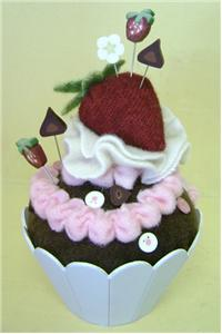 click here to view larger image of Celebration Cupcake Pincushion Kit (None Selected)
