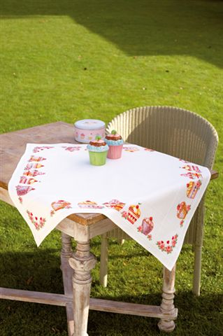 click here to view larger image of Cupcake Tablecloth - Aida (counted cross stitch kit)
