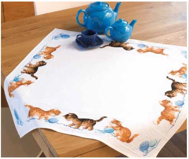 click here to view larger image of Cat Tablecloth (counted cross stitch kit)