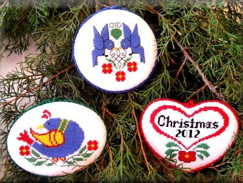 click here to view larger image of Folk Art Ornaments (chart)
