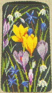 click here to view larger image of Floral Eyeglass Case (counted cross stitch kit)