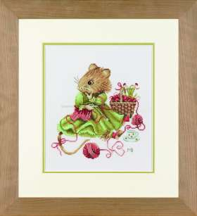 click here to view larger image of Vera the Mouse Knitting - 27ct (counted cross stitch kit)