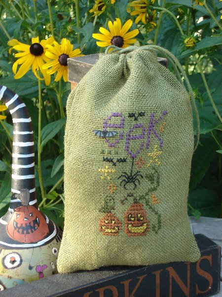 click here to view larger image of Pumpkin Bag (counted cross stitch kit)